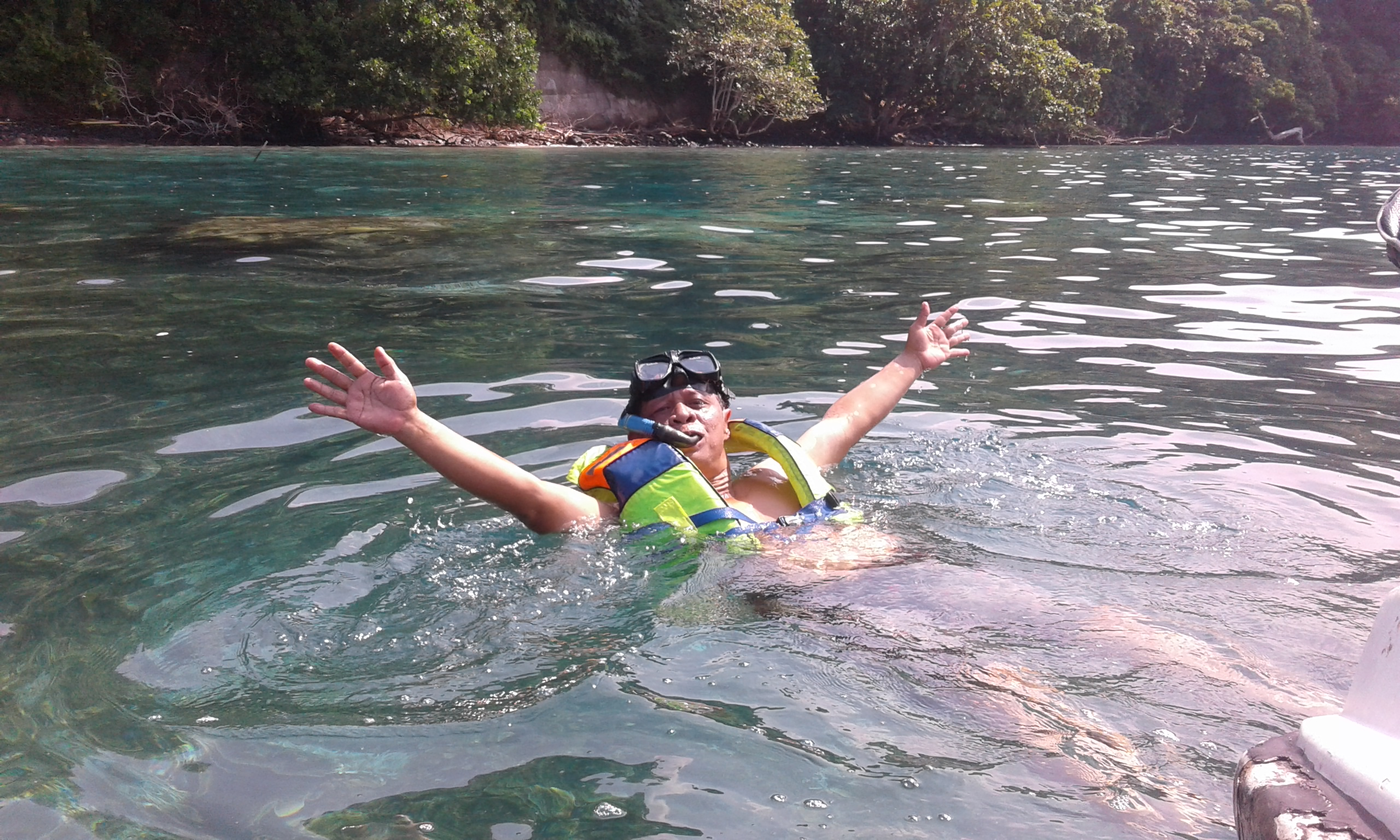 Snorkling at Krakatau