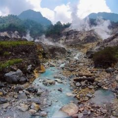 Trekking to Kawah Ratu Gunung Salak